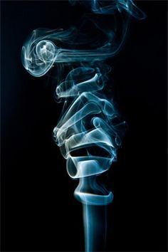How to Photograph Smoke – Step By Step Tutorial – PictureCorrect Indie Photography, Smoke Photography, Photography Tutorials, Fine Art Photography, Smoke Art, Up In Smoke, Technique Photo, Senior Boy Poses, Fotografia Macro