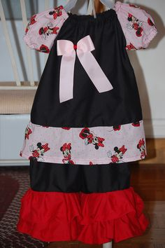 Minnie Mouse double ruffle capri set with removable bow