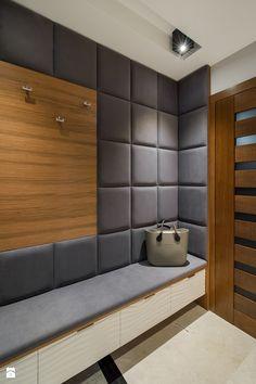 Elegancki dom w barwach ziemi - Hol / przedpokój, styl nowoczesny - zdjęcie od studio wnętrz URBAN-DESIGN