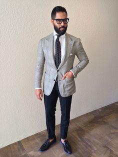 Mens Fashion Looks & Style Inspiration Mens Fashion Magazine, Mens Fashion Blog, Best Mens Fashion, Fashion Sale, Fashion Outlet, Men's Fashion, Paris Fashion, Runway Fashion, Fashion Trends