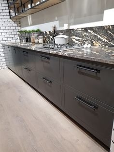 Photo - Google Photos Anthracite Kitchen, Sit Back, Work Tops, Kitchen Styling, Quotation, 20 Years, Showroom, Free Design, Dreaming Of You
