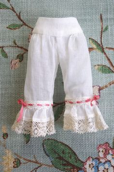 https://flic.kr/p/g8EB5L | For G♥Baby ≈ Rapunzel ≈ | Underwear... The knickers, inspired by an antique victorian model, are sewn in ivory cotton voile, the bottom is edged with a french Valenciennes lace flounce.