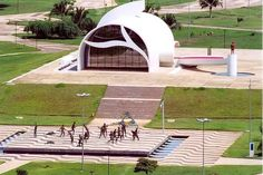 Cidade de Palmas, Cultura - Turismo e Cultura no Brasil Outdoor Furniture, Outdoor Decor, Sun Lounger, Brazil, Deck, Pictures, Instagram, Brazil Cities, Places