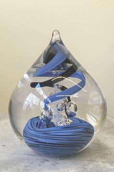 glas-urn-blauw-zwart-1-400x600.png (400×600)
