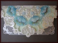 パーチメントクラフト作品 Hobbies And Crafts, Arts And Crafts, Parchment Cards, Newspaper Crafts, Card Patterns, White Embroidery, Card Sketches, Box Art, Paper Art