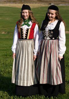 FolkCostume&Embroidery: Þjóðbúningurinn, National costumes of Iceland, part 2, Upphlutur