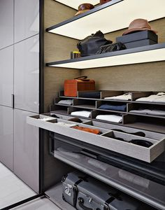 409 best interiors walk in closet images walk in wardrobe design rh pinterest com