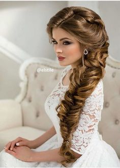 5 Vivacious Tips AND Tricks: Women Hairstyles With Bangs Over 40 braided hairstyles videos.Women Hairstyles Long Blunt Cuts wedding hairstyles Hairstyles Over 40 Bangs. Wedding Hairstyles For Long Hair, Funky Hairstyles, Wedding Hair And Makeup, Bride Hairstyles, Vintage Hairstyles, Bridal Hair, Hairstyle Ideas, Bouffant Hairstyles, Hairstyle Wedding