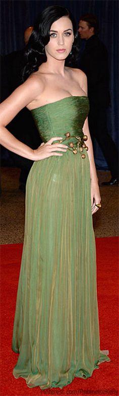 "Katy Perry   Giambattista Valli ✮✮""Feel free to share on Pinterest"" ♥ღ www.fashionupdates.net"