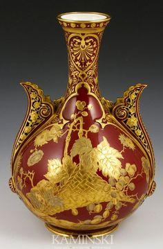 Royal Crown Derby vase, cipher for fine gilt decoration over oxblood red, 10 on Apr 2012 Bone Crafts, Royal Crown Derby, Red Jewelry, Porcelain Vase, Art Deco Fashion, Ceramic Art, Decorative Bowls, Glass Art, Antiques