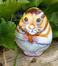Hamster-hand-painted-beach-rock-pebble-stone-no-cage-wheel-water-bottle-or-food