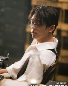 [New post] Chicago Typewriter off to a good start, Yoo Ah In rocks the bangs Park Hae Jin, Park Hyung, Park Seo Joon, Asian Actors, Korean Actors, Korean Celebrities, Celebs, Song Joong, Yoo Ah In