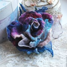 An interesting brooch made of . An interesting brooch made of wool and silk. Designer clothes and accessories. Cloth Flowers, Felt Flowers, Crochet Flowers, Fabric Flowers, Paper Flowers, Brooches Handmade, Handmade Flowers, Nuno Felting, Needle Felting