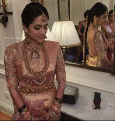 Discover recipes, home ideas, style inspiration and other ideas to try. Bridal Sarees South Indian, Bridal Silk Saree, Indian Bridal Outfits, Indian Bridal Fashion, Bridal Lehenga, Saree Wedding, Indian Wedding Sarees, Wedding Dresses, Wedding Saree Blouse Designs