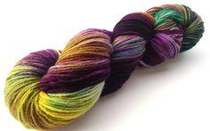 Handgefärbte Premium high twist Sockenwolle Merino: Solitär