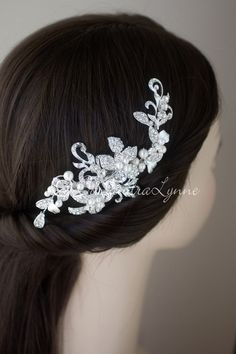 Pearl Wedding Clip of Leaves and Swirls
