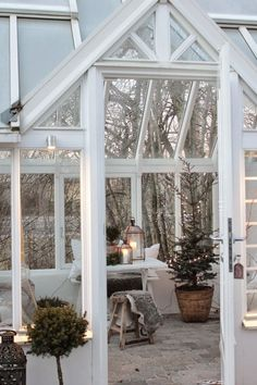 Winter in yard house Outdoor Spaces, Outdoor Living, Vibeke Design, Shabby Chic, Modern Home Interior Design, Scandinavian Christmas, House Goals, Christmas Inspiration, Cabana