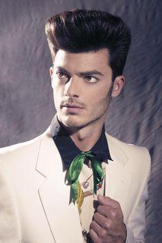 http://www.esteticamagazine.es Hair: Carlos Valiente Photo and styling: Esteban Roca Make-up: Jessica Esparza