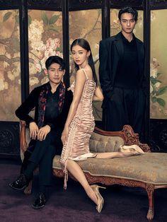 Cast of costume drama 'The Story of Yanxi Palace' cover fashion magazine   China Entertainment News