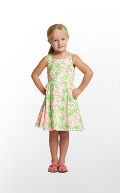 Create magical memories with your Minnie in this fit-and-flare style. Do I see a photo opp in your future? This classic cotton poplin dress is updated with the back bow detail and the vibrant prints are sure to delight. For the beach this summer?