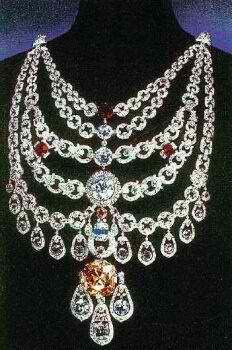 "The Patiala Necklace was a necklace created by the House of Cartier in 1928. It was made for and named after Bhupinder Singh of Patiala, the then ruling Maharaja of the state of Patiala. It contained 2,930 diamonds, including as its centrepiece, the world's seventh largest diamond, the ""De Beers"", that had a 428 carat pre-cut weigh, and weighed 234.65 carats in its final setting."