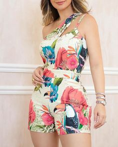 One Shoulder Floral Print Casual Romper – streetstyletrends cute romper outfits romper summer pretty rompers romper outfit summe Trend Fashion, Look Fashion, Fashion Outfits, Latest Fashion, Womens Fashion Online, Rompers Women, Pattern Fashion, Sleeve Styles, Camouflage