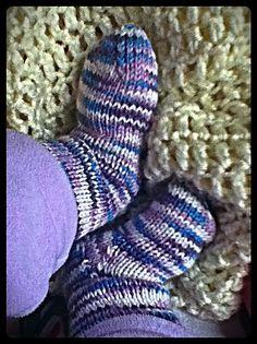 knitted baby socks <3