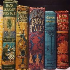 Rare books credits prisilm on diy quot; books in five minutes how to make any book look vintage! Books Decor, Books Art, Old Books, Vintage Book Covers, Vintage Children's Books, Antique Books, Victorian Books, Art Antique, Grimm's Fairy Tales Book