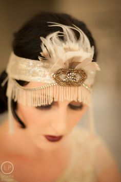 Deco Doll Flapper Headdress by MataHarisDaughter on Etsy Great Gatsby Fashion, Great Gatsby Party, 20s Fashion, Art Deco Fashion, Vintage Fashion, Gatsby Style, Flapper Style, 1920s Flapper, 1920s Style