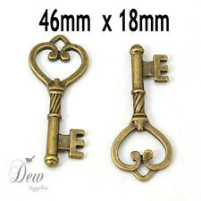 10 Antique bronze Key charm pendant bead finding 4.6 cm 1.8 cm jewellery