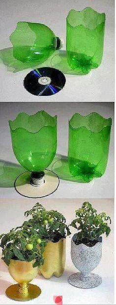 Botellas plasticas y discos de cd o dvd