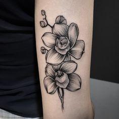 Pin by Jessika Ramirez on Tatuajes Future Tattoos, Love Tattoos, Black Tattoos, Body Art Tattoos, Small Tattoos, Tattoos For Women, Tatoos, Lotusblume Tattoo, Mama Tattoo