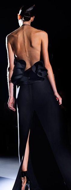definitely backless ♥✤   Keep the Glamour   BeStayBeautiful
