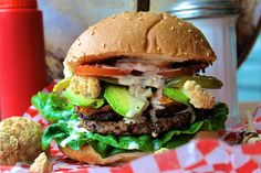 This Ultimate Veggie Burger tops all veggie burgers ever created. It is everything a vegetarian burger should be, piled… The post The Ultimate Veggie Burger appeared first on WORLD OF WANDERLUST. Ultimate Veggie Burger Recipe, Burger World, Black Bean Patties, Culinary Classes, Recipe R, Roasted Mushrooms, Vegan Vegetarian, Meal Planning, Food To Make