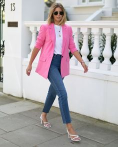 aaTv izle : Combinations Of Stylish Pink Outfits For Women Blazer Outfits For Women, Pink Outfits, Colourful Outfits, Classy Outfits, Stylish Outfits, Summer Outfits, Cute Outfits, Blazer Fashion, Fashion Outfits