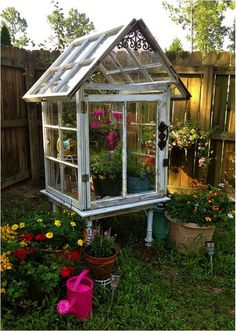 Stunning 20+ Greenhouse Gardening Ideas https://gardenmagz.com/20-greenhouse-gardening-ideas/
