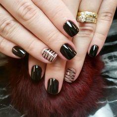 """Good morning everyone @kekenitas #manicuretime #nailswag #supervaidosa #unhas #nailsoftheweek #nailart #vegas_nay #lucinhabarteli #manicure #nailart"""