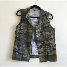 Camo Vest juniors camo vest. sized as a medium but fits a size small better Jackets & Coats Vests