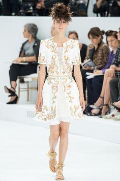 défilé haute couture, automne-hiver 2014-2015, Chanel #mode #couture #fashion