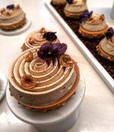 497 mentions J'aime, 12 commentaires – Alexandre Favre (@alexandrefavre75) sur Instagram : « Et voici la tarte Dulcey café réalisée à la Masterclass ☕️#christophemichalak #masterclass #paris… »