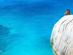 27 προτάσεις για την Ικαρία - Μένουμε Νησί - Ταξίδι | oneman.gr Endless Love, Greek Islands, Ikaria Greece, Beautiful Places, Waves, Photography, Outdoor, Greek Isles, Outdoors