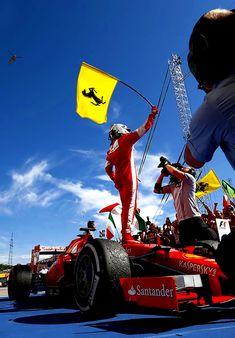 the beauty of Formula 1 in pictures — Kimi Räikkönen F1 Racing, Racing Team, Drag Racing, Ferrari World, Ferrari Car, Sport Cars, Race Cars, Sport F1, Fifa