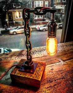 Get light into your home! Diy Luminaire, Luminaire Vintage, Diy Lampe, Car Part Furniture, Metal Furniture, Industrial Furniture, Industrial Lamps, Furniture Vintage, Vintage Industrial