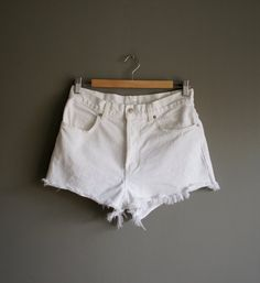 Vintage 90s J CREW White CUTOFF High Waisted Shorts (m)