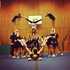 Cheer stunt picture
