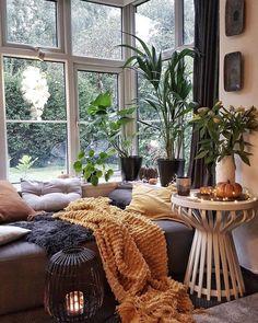 Warm Home Decor, Hippie Home Decor, Stylish Home Decor, Bohemian Decor, Bohemian Style, Hippie House, Bohemian Homes, Interior Design Living Room, Living Room Decor