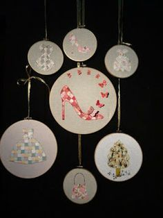 Various patterns displayed in embroidery hoops. Sewing paper onto fabric. Paper Quilt, Paper Crafts, Embroidery Hoops, Display, Quilts, Sewing, Fabric, Packaging, Patterns