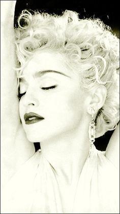 Photo of Vogue for fans of Madonna 31380555 Vogue Madonna, Madonna 90s, Madonna Rare, Madonna Images, Madonna Pictures, Vogue Wallpaper, Hd Wallpaper, Wallpapers, Divas Pop