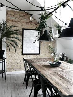The Modern Dining Room For The Fashionable Girl | Domino