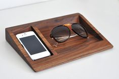 iPhone Dock  Glasses Stand by BushakanSF on Etsy